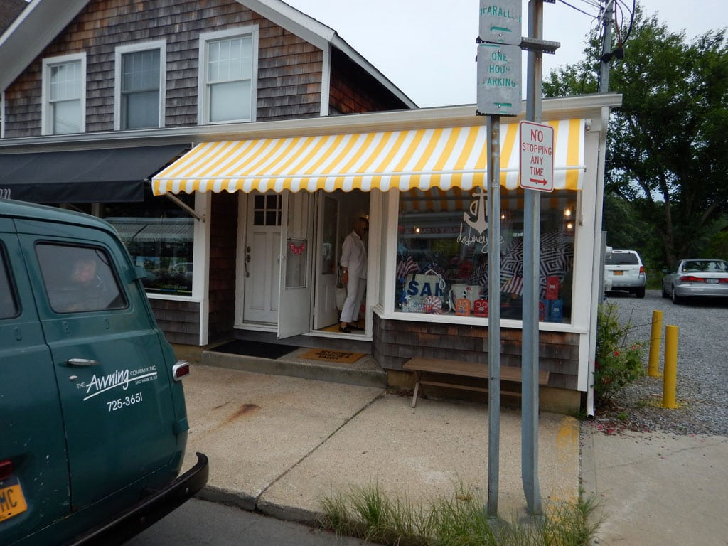 Dabney-Lee-commercial-retractable-awning