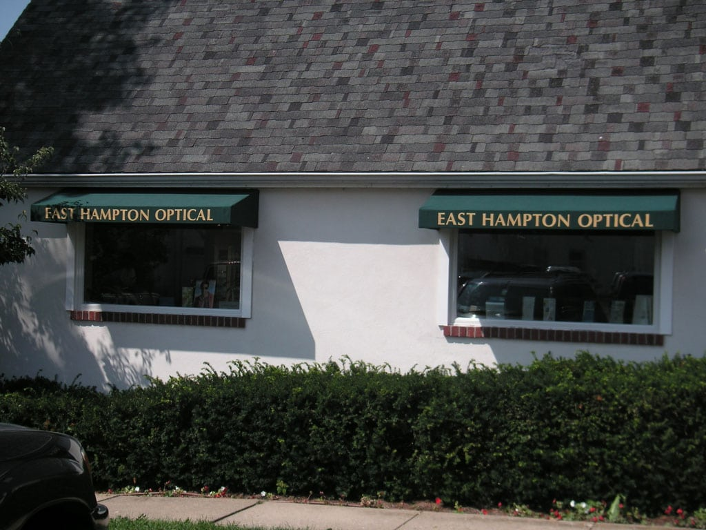 Roeloffs-commercial-fixed-window-awnings