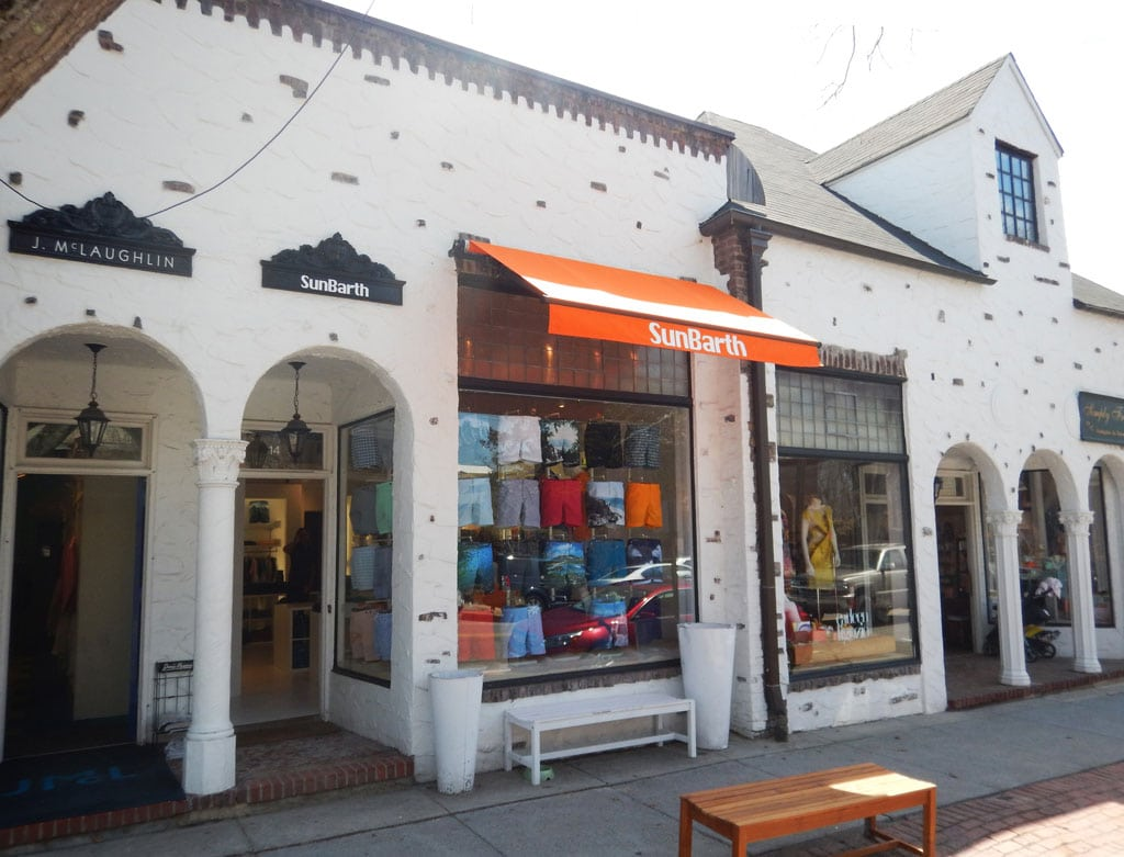 SunBarth-commercial-retractable-awning